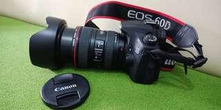Canon EOS 60D (body) + lensa Canon EW 83H