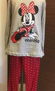 Minnie long sleeve pyjama sz 100(4yo) & 130(8yo)