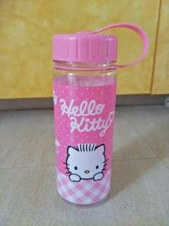 Hello Kitty Water Bottle (kit Kat)