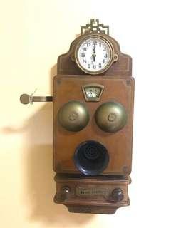 Antique clock & radio