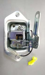 Nissan C22 Rear Bonnet Lock (Straight)