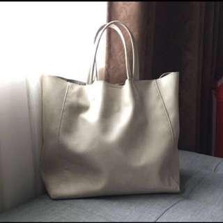 Forever 21 beige handbag #rayaletgo