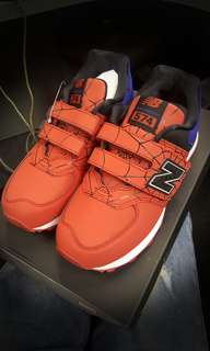 New Balance 574 蜘蛛俠 童鞋 Spiderman 歐碼32.5 Marvel