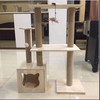 (NEW!) Pinewood cat tree condo scratch pole bed