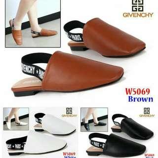 Flat Shoes Givenchy W5069 Jj Bahan         : Kulit Sintetis