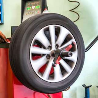 Wheel balancing and Alignment @car service