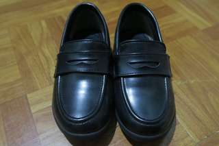 Pre-school black shoes