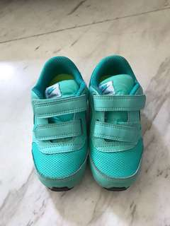 Nike Toddler Shoes in Teal