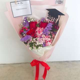 Graduation bouquet - G04