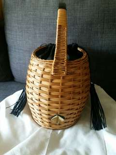 Aranaz marais basket bag