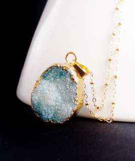 $45 for 51pcs // $1 ea - blue druzy stone PENDANT (gold)