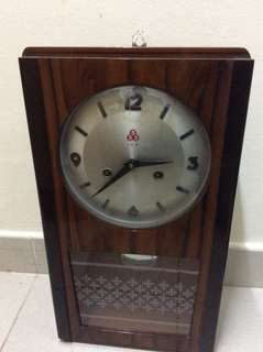 Vintage wooden Grandfather Clock (China 555)