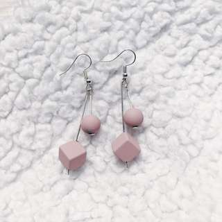 Anting Cube Pink