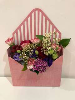 Envelope Fresh Floral Arrangement