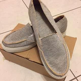 🚚 台灣🇹🇼製造 灰色鬆緊帶懶人鞋
