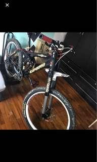 Dabomb downhill mountain bike