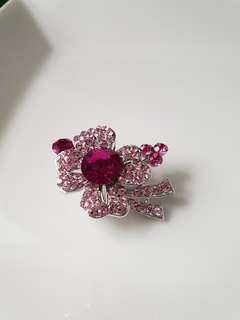 Lucky for You Brooch (pink)