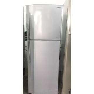 toshiba fridge (free delivery)