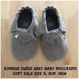 Romirus Moccasins Suede Grey Baby Shoes
