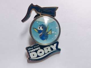 [交換優先] 迪士尼 海底奇兵 多莉 LR PIN