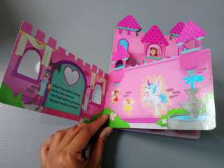 A Party for a Princess Cut-out Shaped Board Book buku kafton tebal import impor bbw