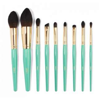 Juvia Place Turquoise Blue 9 pcs Brush Set