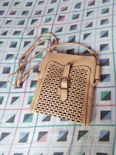 Small brown bag/purse with details