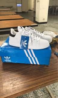 🚚 New Adidas Black Stan Smith