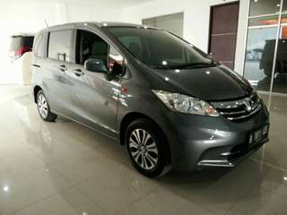 Honda Freed SD AT 2012