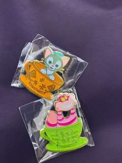 Disney pins trading 徽章 迪士尼 妙妙貓 gelatoni tea cup 茶杯