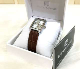 Jam BRUNO CAVALLI watch women (BC2014)#$   ukrn diameter 2.5cmx3cm. Quality original branded japan body rosegold&stanless steel tali kulit leather original (made in japan) perlengkapan - box bruno cavalli - waranty card 1 year - date/tanggal - jarum b