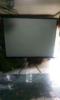 Projector Screen with tripod (portable) REPRICED