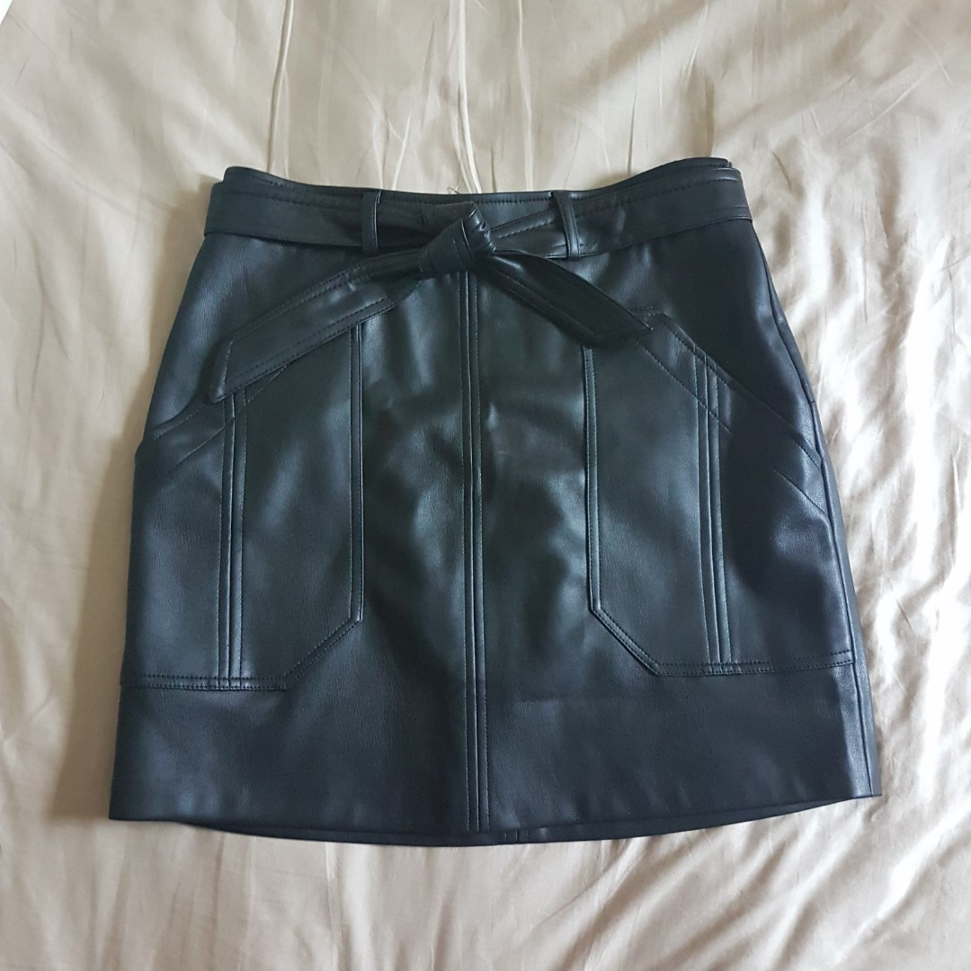 new products cost charm luxury aesthetic [flash sales $14] Pull & Bear Black Faux Leather Skirt