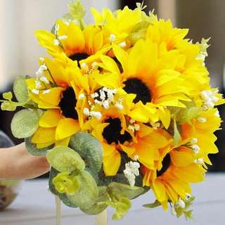 [FREE DELIVERY] Artificial Sunflowers Hand-bouquet (024-SB)