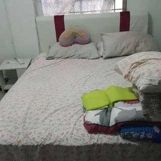 Queen bed frame (ONLY) + 2 side table