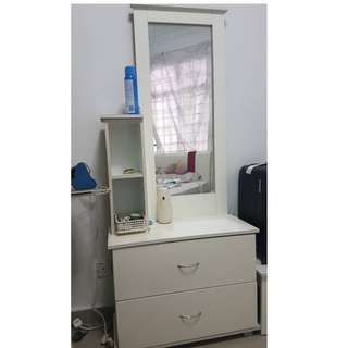 Dressing Table with chair (2.5ft x 5.8 ft)