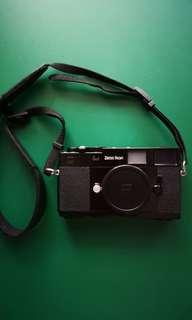 Zeiss Ikon Rangefinder 35mm Film Camera