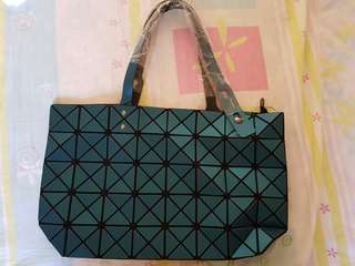 Baobao Geometric Shoulder Bag (Brand New). 2 colours available.
