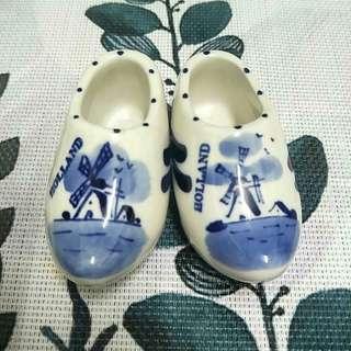 🚚 荷蘭鞋陶瓷小擺設