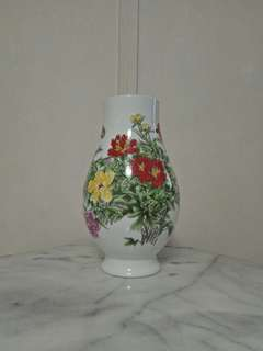 Chinese Flower Vase Height 33cm perfect condition