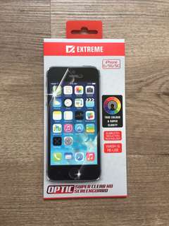 Soft iPhone 5s cover and screen protector
