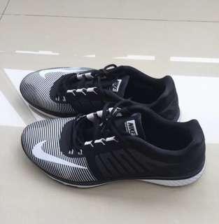 🚚 正品NIKE運動鞋. 9.5成新 29.5公分