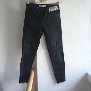Zara Black 7/8 Jeans