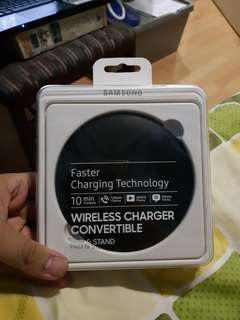 Samsung Wireless Charger with type C usb adaptor (original)