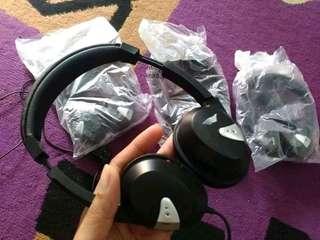Headphone Maskapai Garuda