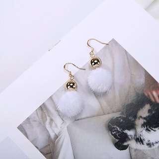 Metal Ball Fur Earrings (White)