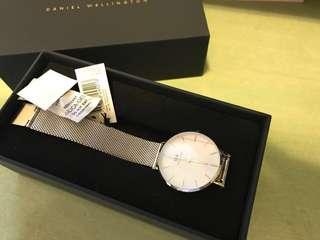 DW手錶⌚️ 全新❗️❗️❗️ 連盒🎁