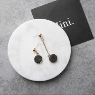 Minimalist Marble Earrings (Black)