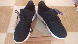 Slazenger black women's sports shoes. Brand new.