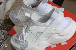 Nike Air Huarache Run Ultra BR (Triple white, sz 8)